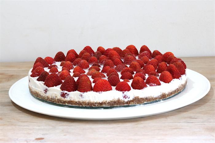 Rohkostkuchen Erdbeere – Kokossahne